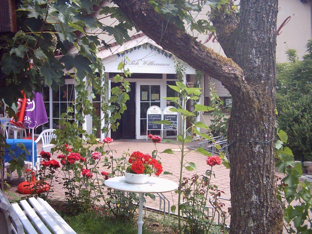 Eingang Landhotel Taubertal